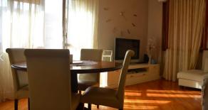 Pistoia. Appartamento con ascensore. Rif.P262