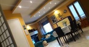 PRATO VILLA FIORITA Appartamento con tre camere. Rif. PR217