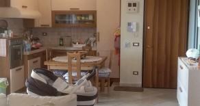 Montale Appartamento piano terra con giardino e garage. Rif. M295