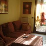 Montemurlo. Appartamento con giardino sui 3 lati e garage. Rif. MM211