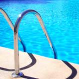 Pistoia Est. Nel verde colonica ristrutturata con piscina. Rif. P194