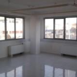 PRATO Via Galcianese. Ufficio in affitto. Richiesta euro 850/mese. Rif. PR177